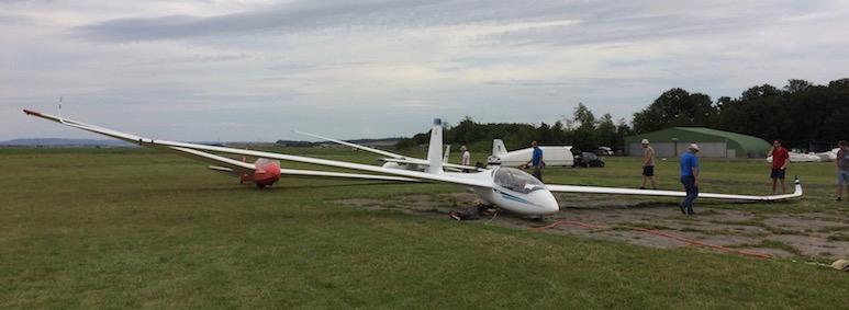 SZD-54 Perkoz und ASK 13 beim Flugsportclub Giebelstadt in EDQG
