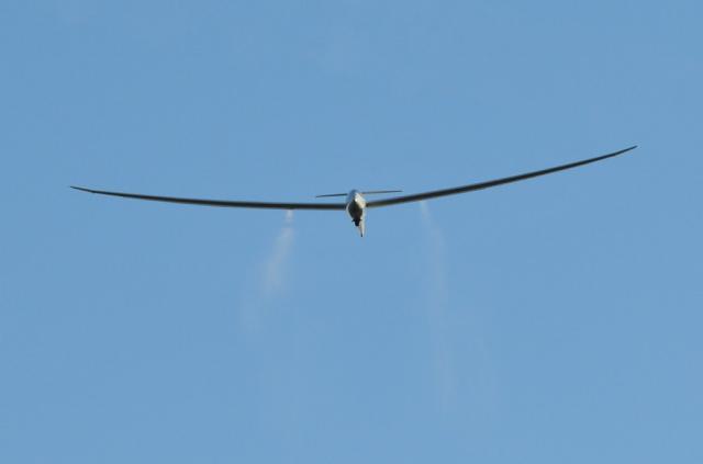 Ziellinienüberflug des Duo Discus